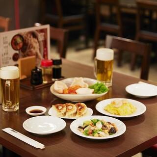 大手町にあるちょい飲みに最適な中華店【萬里 大手町】