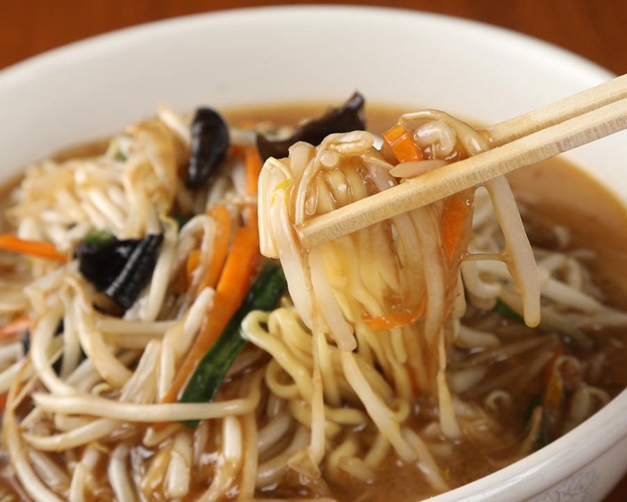 大手町にあるもやしそばが美味しい中華料理【萬里 大手町】